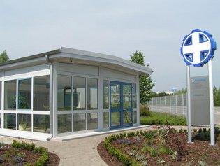 Eingang zum Hauptgebäude der Böhme Medizintechnik GmbH